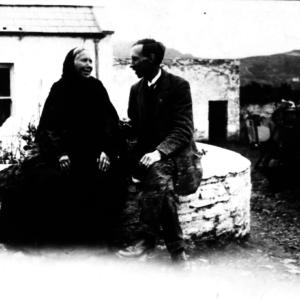 Máire Learaidhe O'Hanlon and Peadar Ó Dubhda