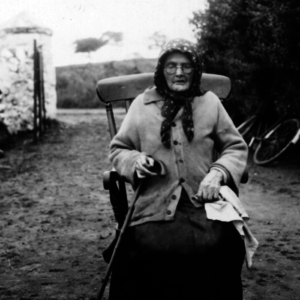 Storyteller Mary Nugent Dromintee